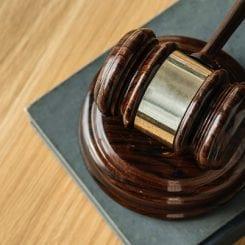 Sądowe dochodzenie należności gospodarczych